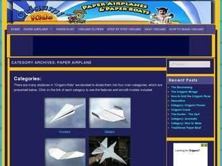 Screenshot of Paper Airplane Flight Simulators