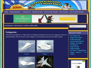 Screenshot of Paper Airplane Flight Simulators